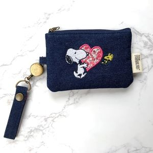 Handbags - Peanuts Change Purse with Retractable Lanyard